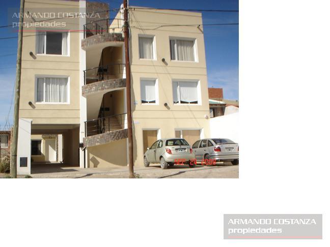 Foto Departamento en Alquiler en  Puerto Madryn,  Biedma  TRIUNVIRATO 124, 2° PISO, CONTRAFRENTE