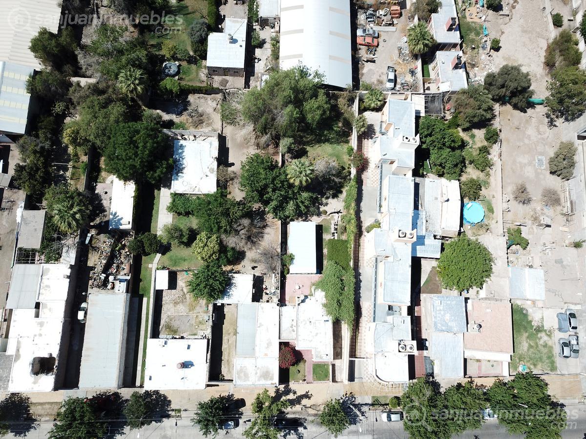 Foto Terreno en Venta en  Capital ,  San Juan  General Paz y Suipacha
