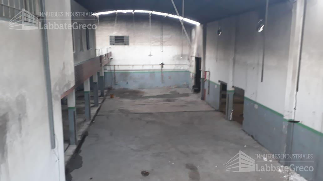 Foto Nave Industrial en Alquiler en  Villa Bosch,  Tres De Febrero  Gustavo Becquer al 900