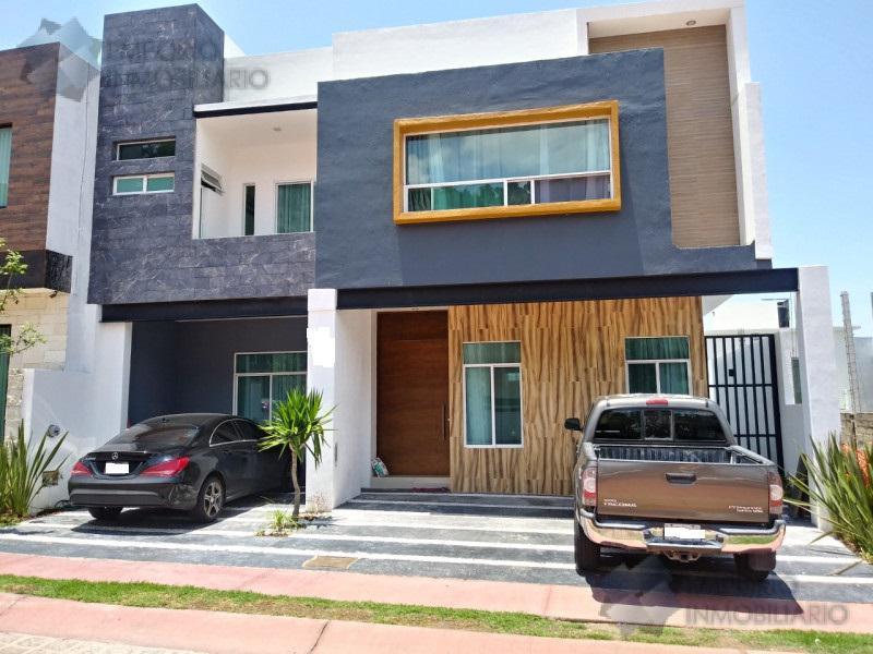 Foto Casa en Venta en  La Rioja,  Tlajomulco de Zúñiga  Residencia Venta Fracc. La Rioja $6,990,000 A257 E1