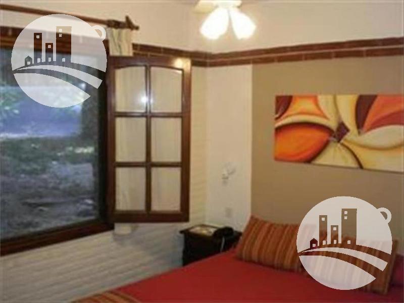 Foto Hotel en Venta en  Carilo,  Pinamar  Apart hotel cabañas 16 hab. 3*