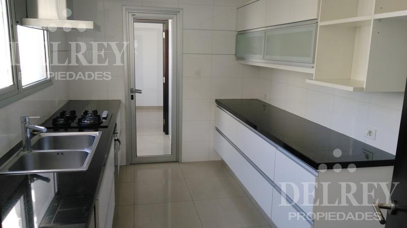 Foto Departamento en Alquiler en  Pocitos ,  Montevideo  Lázaro Gadea y Av. Brasil