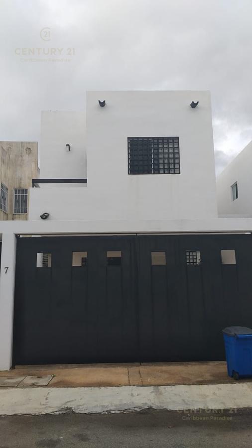 Foto Casa en Renta en  Benito Juárez ,  Quintana Roo  Hermosa Casa en Renta en Cancún en Isla Azul C2656