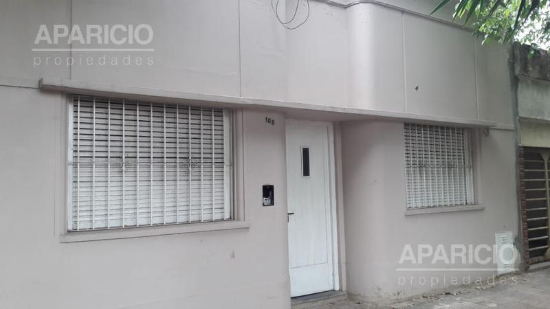 Foto Casa en Alquiler en  La Plata ,  G.B.A. Zona Sur  117 Entre 34 y diag 74