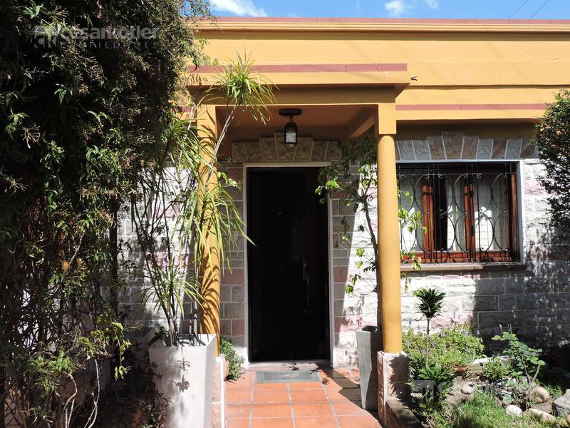 Foto PH en Venta en  Lomas De Zamora,  Lomas De Zamora  San Isidro 531 (Entre Liniers y Avellaneda)