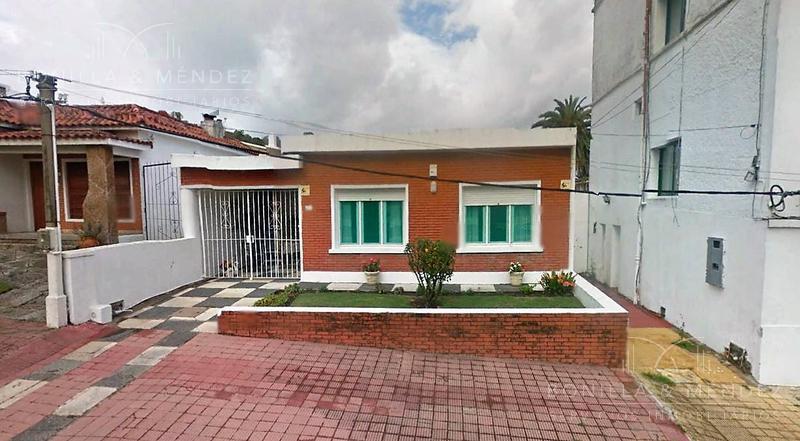 Foto Casa en Alquiler temporario en  Rinconada,  Piriápolis  Talcahuano a media cuadra de la playa
