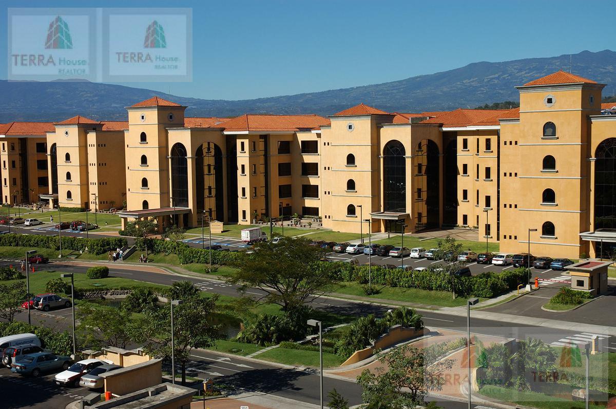 Foto Oficina en Renta en  Santa Ana ,  San José   Santa Ana, Pozos