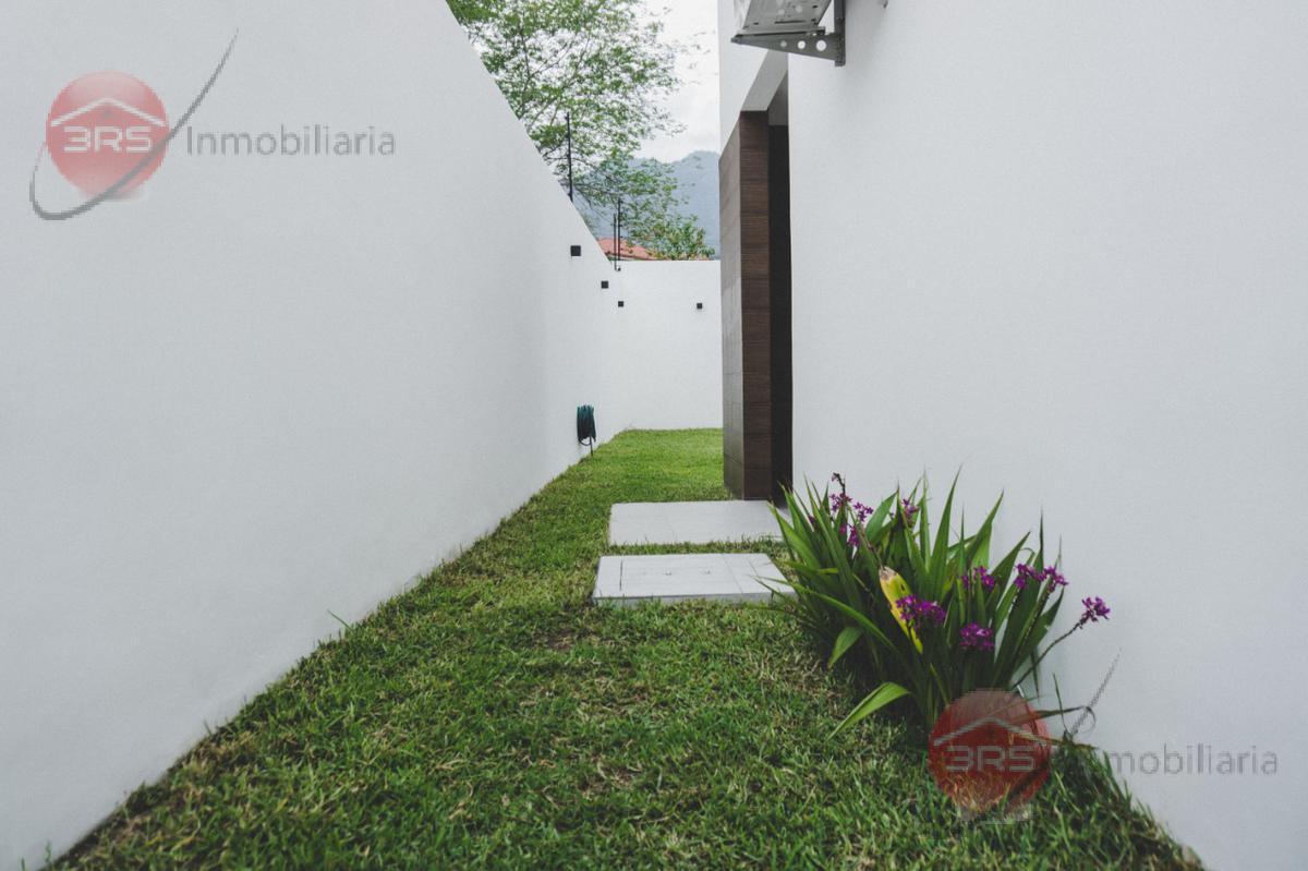 Foto Casa en Venta en  San Pedro Sula ,  Cortés  HERMOSA CASA EN PRE-VENTA, RESIDENCIAL EL PEDREGAL , SAN PEDRO SULA!