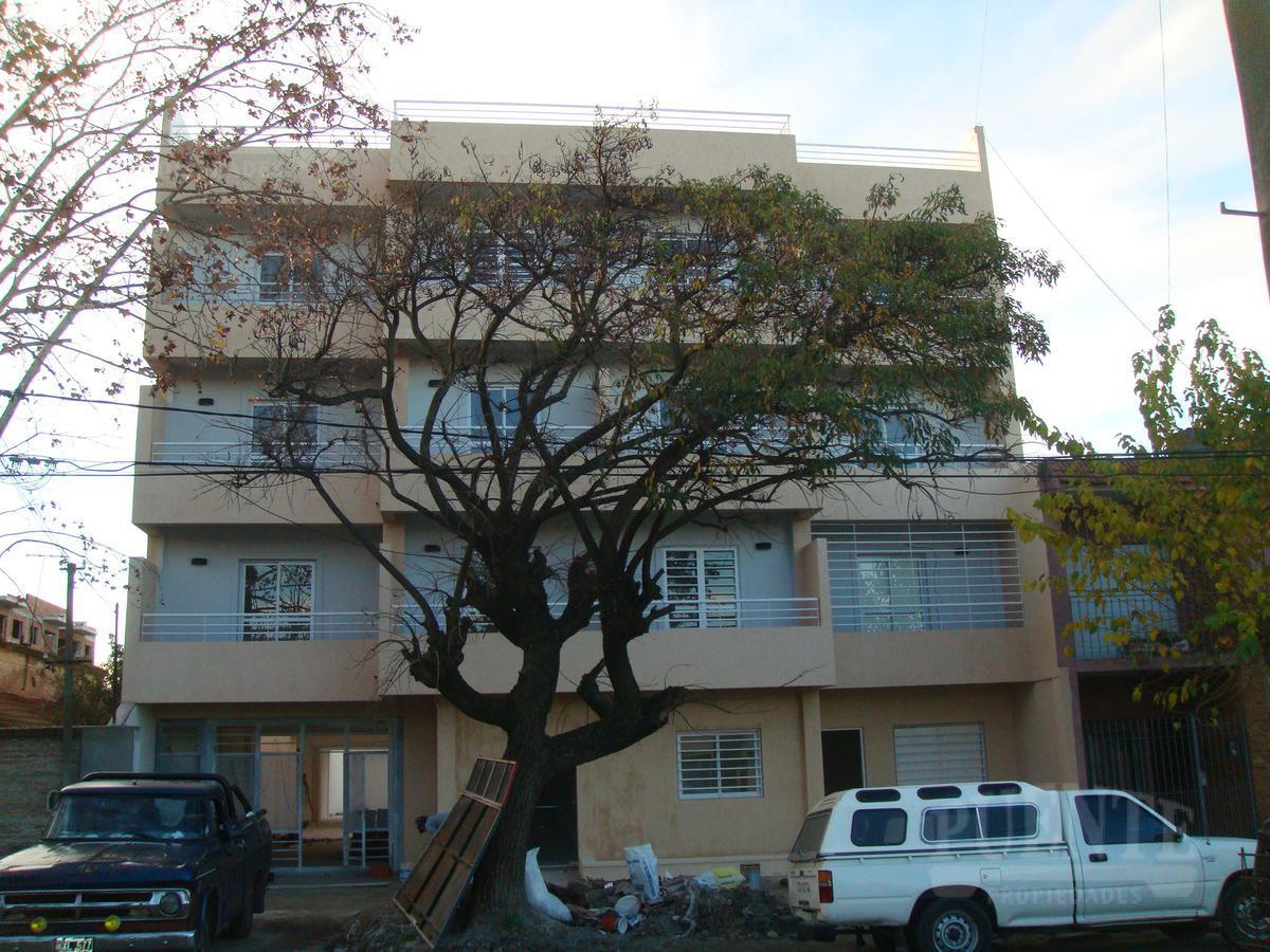Foto Departamento en Alquiler en  Banfield Este,  Banfield  Chacabuco 340 PB 2
