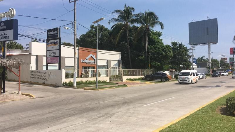 Foto Terreno en Venta en  Pueblo La Zanja O La Poza,  Acapulco de Juárez  Terreno en venta Boulevard de las Naciones