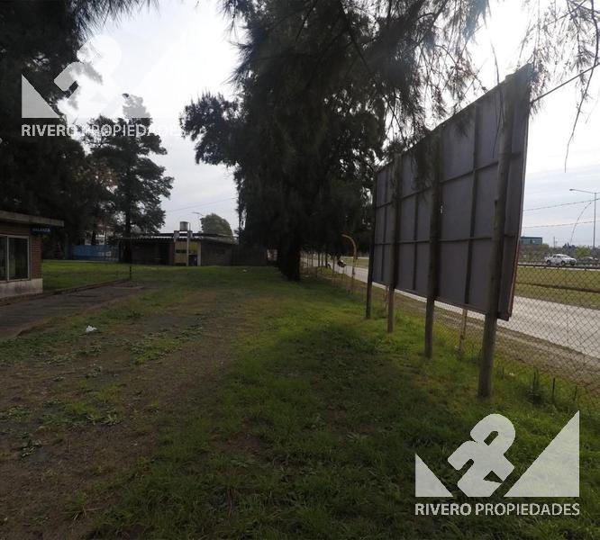 Foto Galpón en Alquiler en  Belen De Escobar,  Escobar          Colectora Oeste Ramal Escobar  100