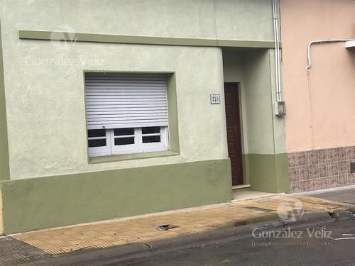 Foto Casa en Alquiler en  Carmelo ,  Colonia  Piedras y Zorrilla - Frente a la barra Riera