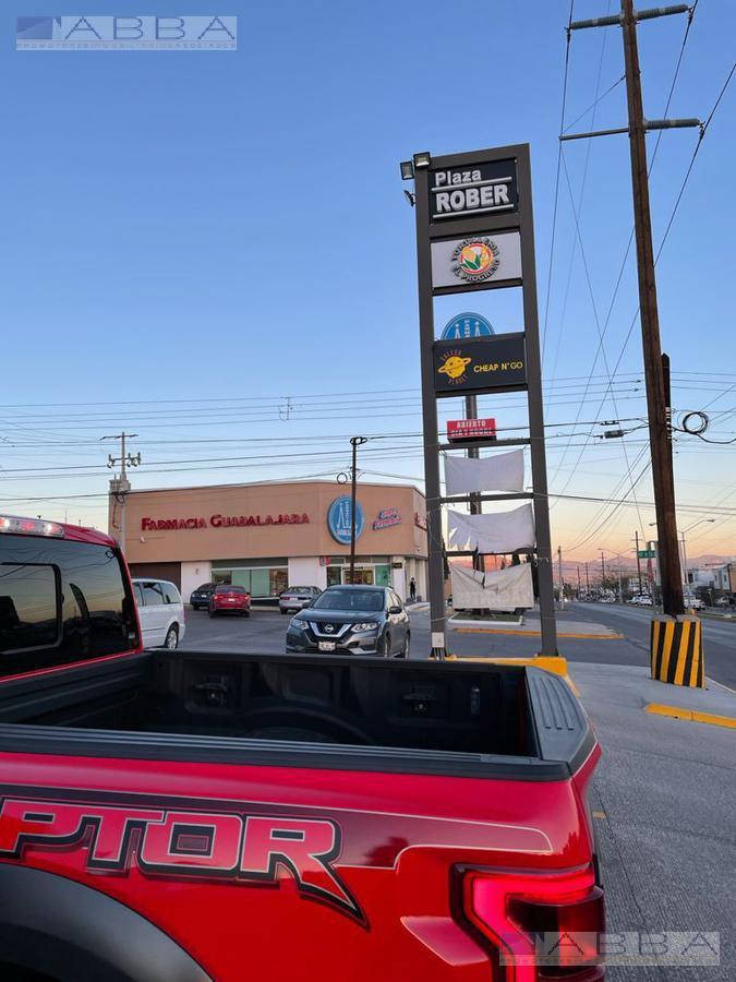 Foto Local en Renta en  Chihuahua ,  Chihuahua  LOCAL EN RENTA   EN PLAZA   X   AV. FCO. VILLA