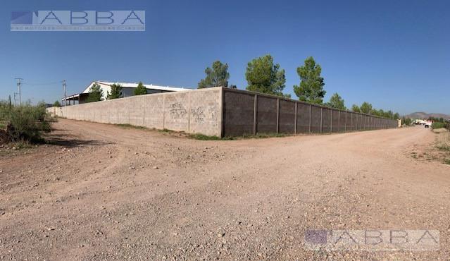 Foto Bodega de guardado en Venta en  Chihuahua ,  Chihuahua  VENTA DE BODEGA O NAVE INDUSTRIAL EN CARRETERA CHIHUAHUA / ALDAMA