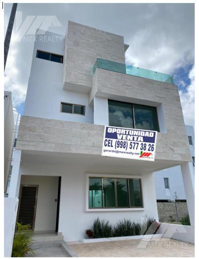 Foto Casa en Venta en  Arboledas,  Cancún  Casa en Venta en Residencial ARBOLADA, 4 Recamaras, Cancún, Q. Roo, Clave GERA5