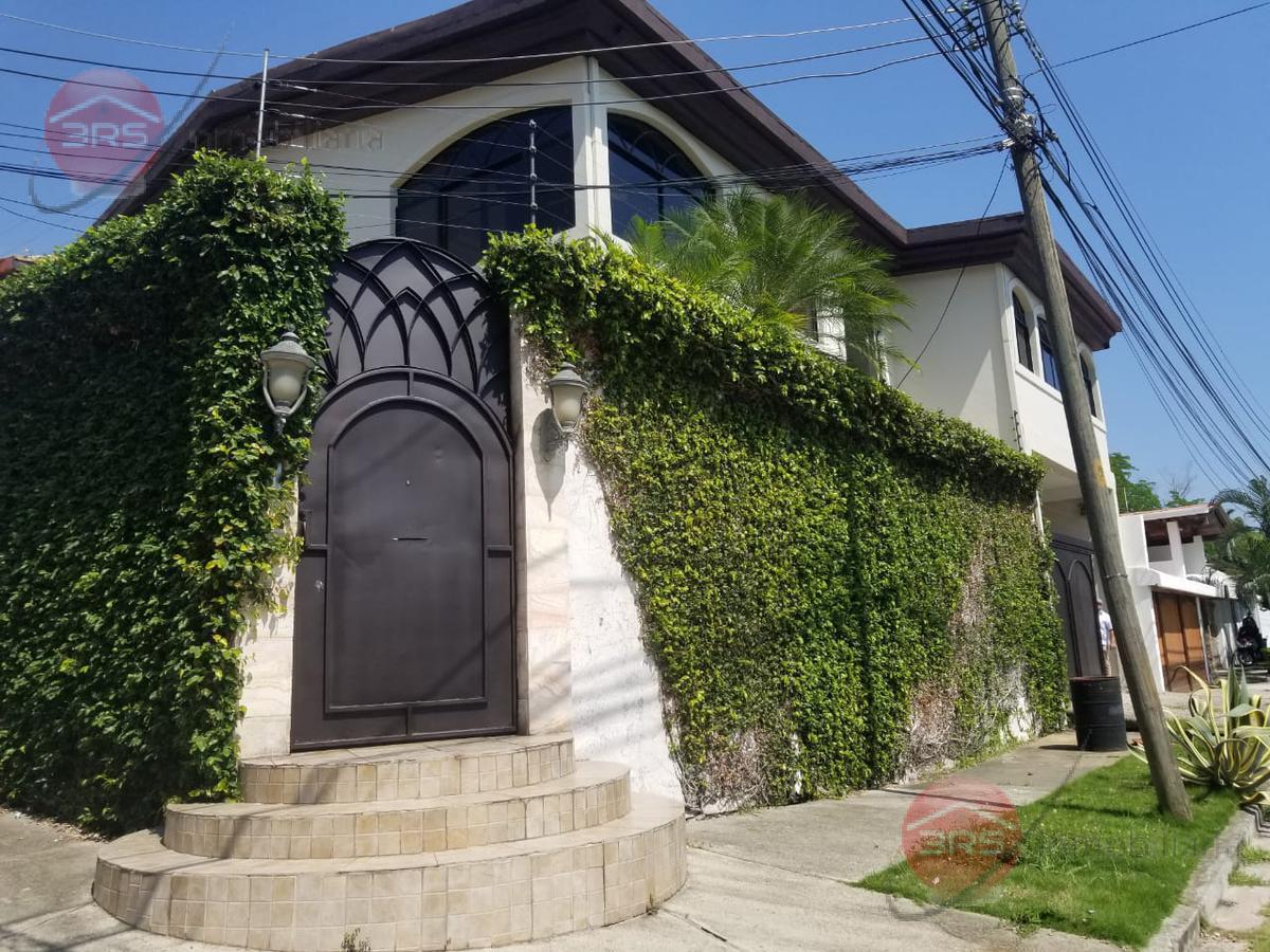Foto Casa en Venta en  San Pedro Sula ,  Cortés  HERMOSA CASA EN VENTA UBICADA EN COLONIA JUAN LINDO SAN PEDRO SULA!!