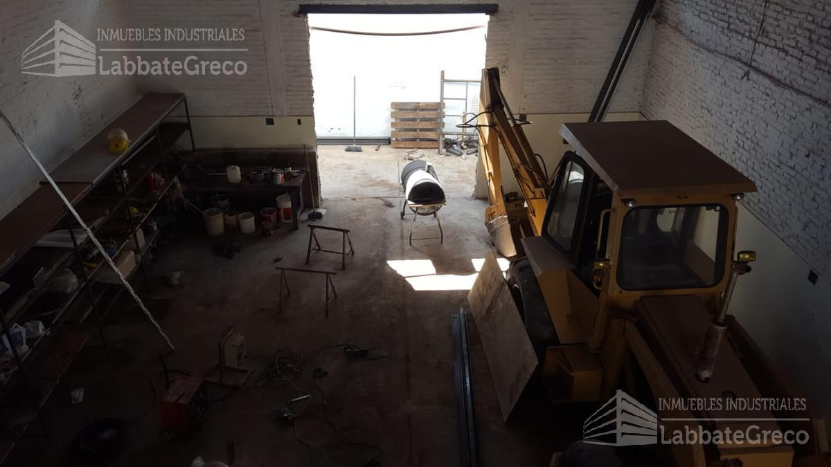 Foto Nave Industrial en Alquiler en  Villa Martelli,  Vicente López  Mejico al 4000