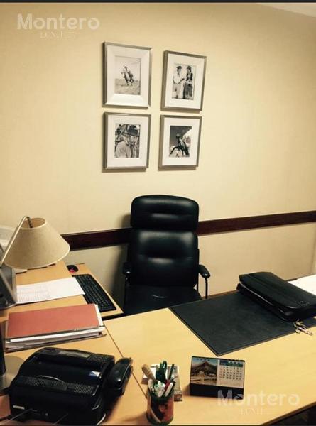 Foto Oficina en Venta en  Monserrat,  Centro (Capital Federal)  Hipólito Yrigoyen al 1400