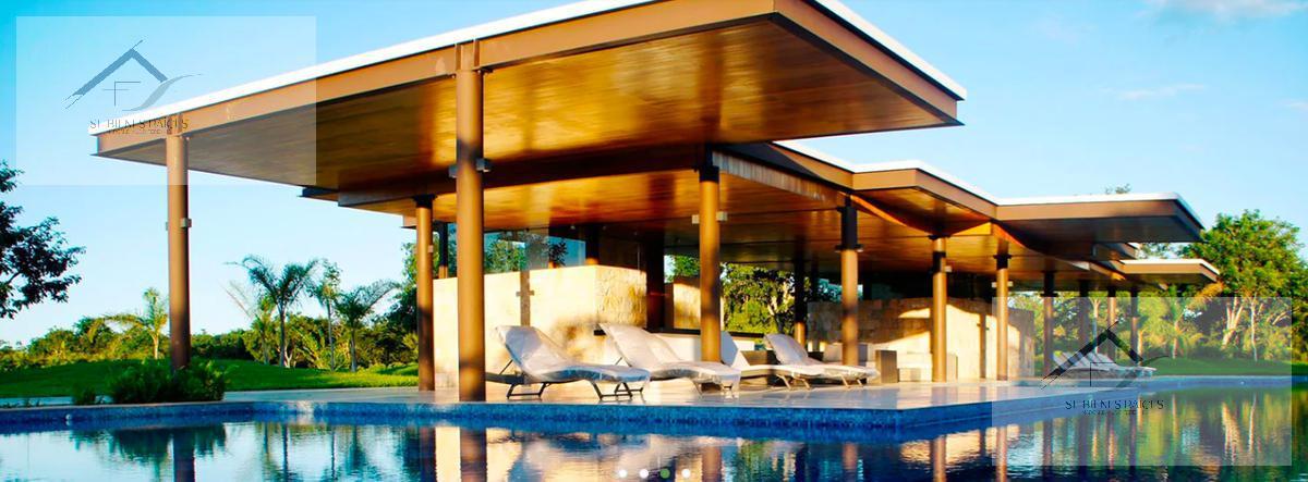 Foto Casa en Venta en  Fraccionamiento parque central,  Mérida  Parque Central Privada Residencial Casa en preventa  con recamara en planta baja