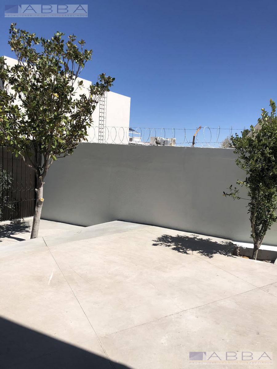 Foto Departamento en Renta en  Chihuahua ,  Chihuahua  Renta departamentos amueblados El Campanario