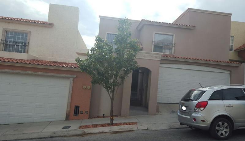 Foto Casa en Venta en  Fraccionamiento Lomas Altas,  Chihuahua  Residencia Venta Fracc. Fuentes del Sol $2,700,000 Elibal ECG1