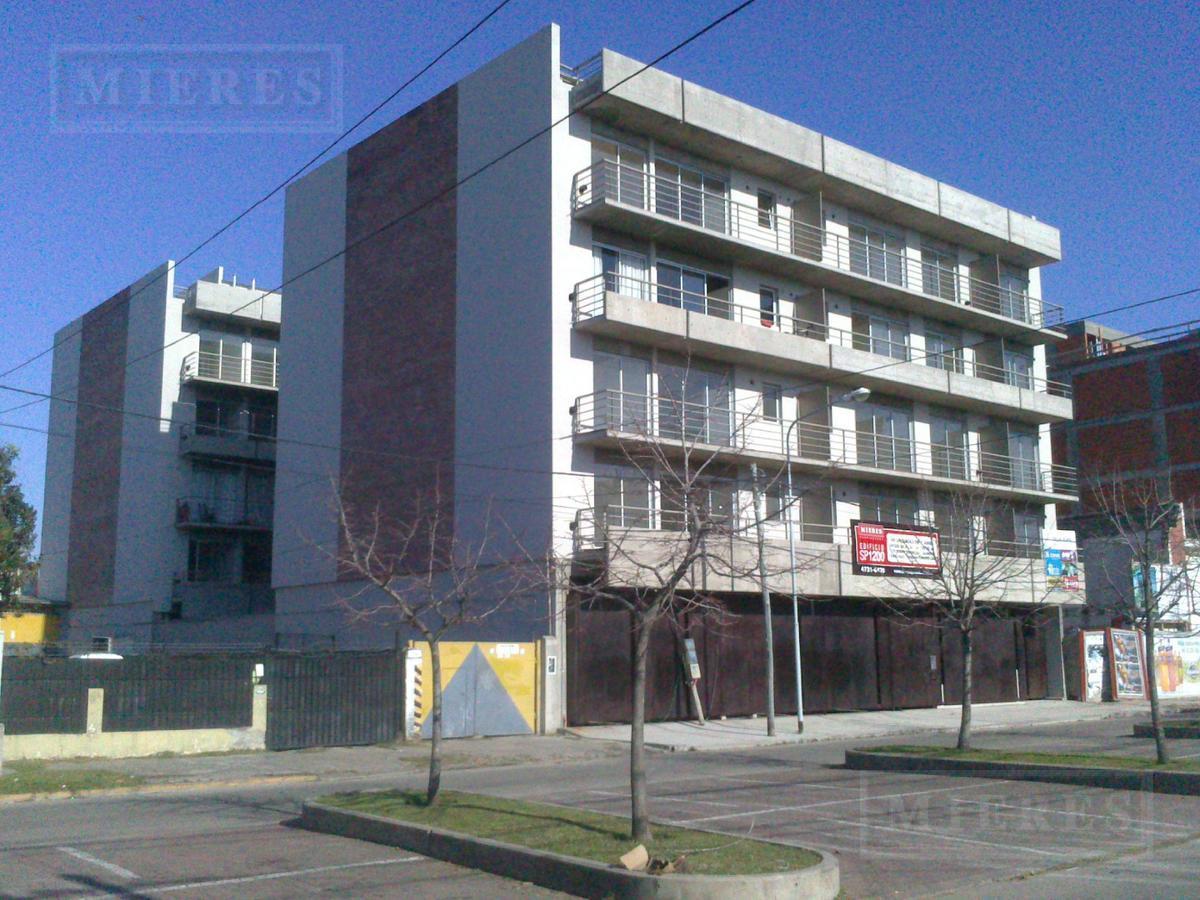 Departamento  en venta sobre Boulevard Saenz Peña