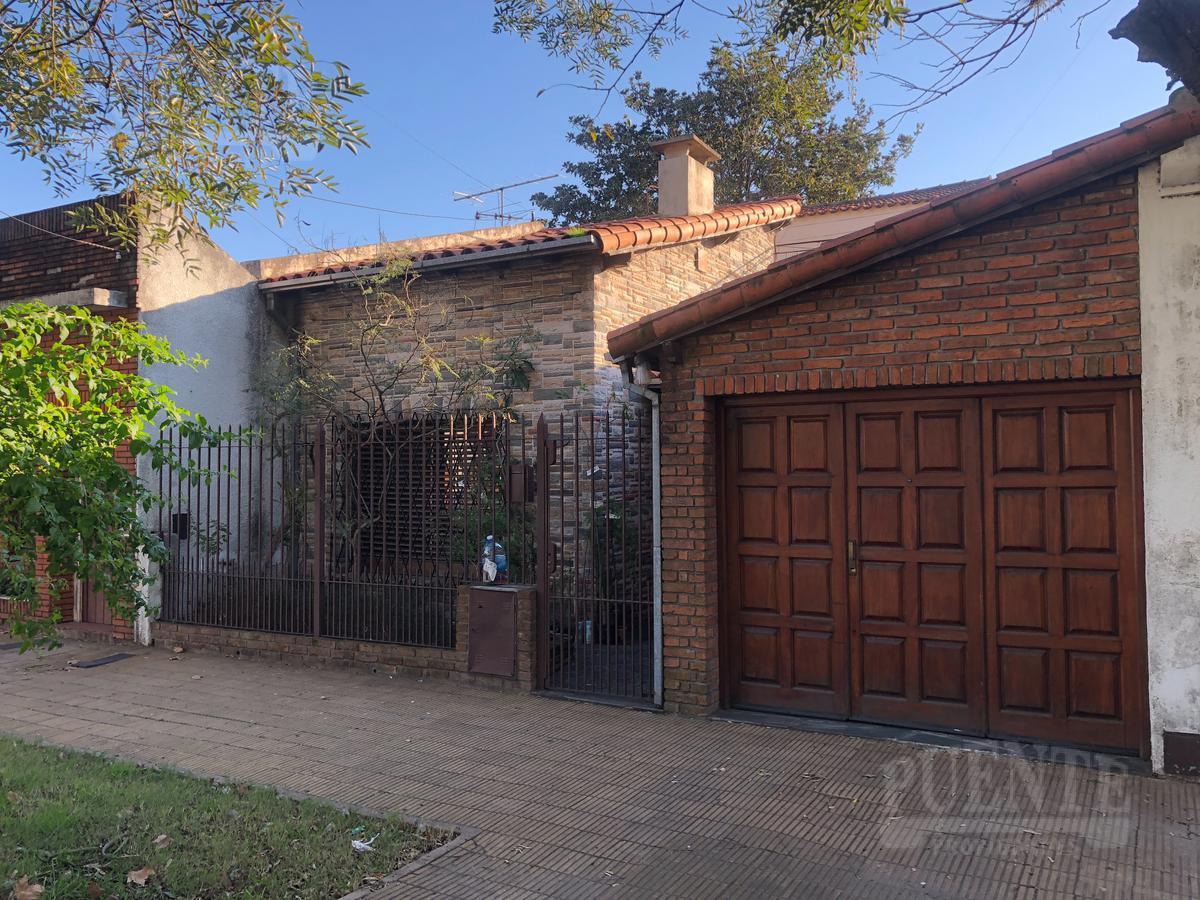 Foto Casa en Venta en  Lomas de Zamora Este,  Lomas De Zamora  Lourdes 84