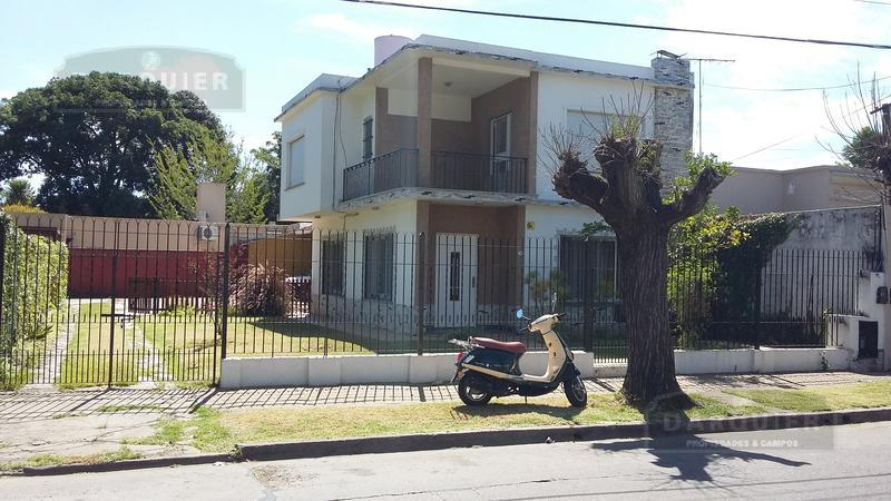 Foto Casa en Alquiler en  Adrogue,  Almirante Brown  MARTIN RODRIGUEZ 1163