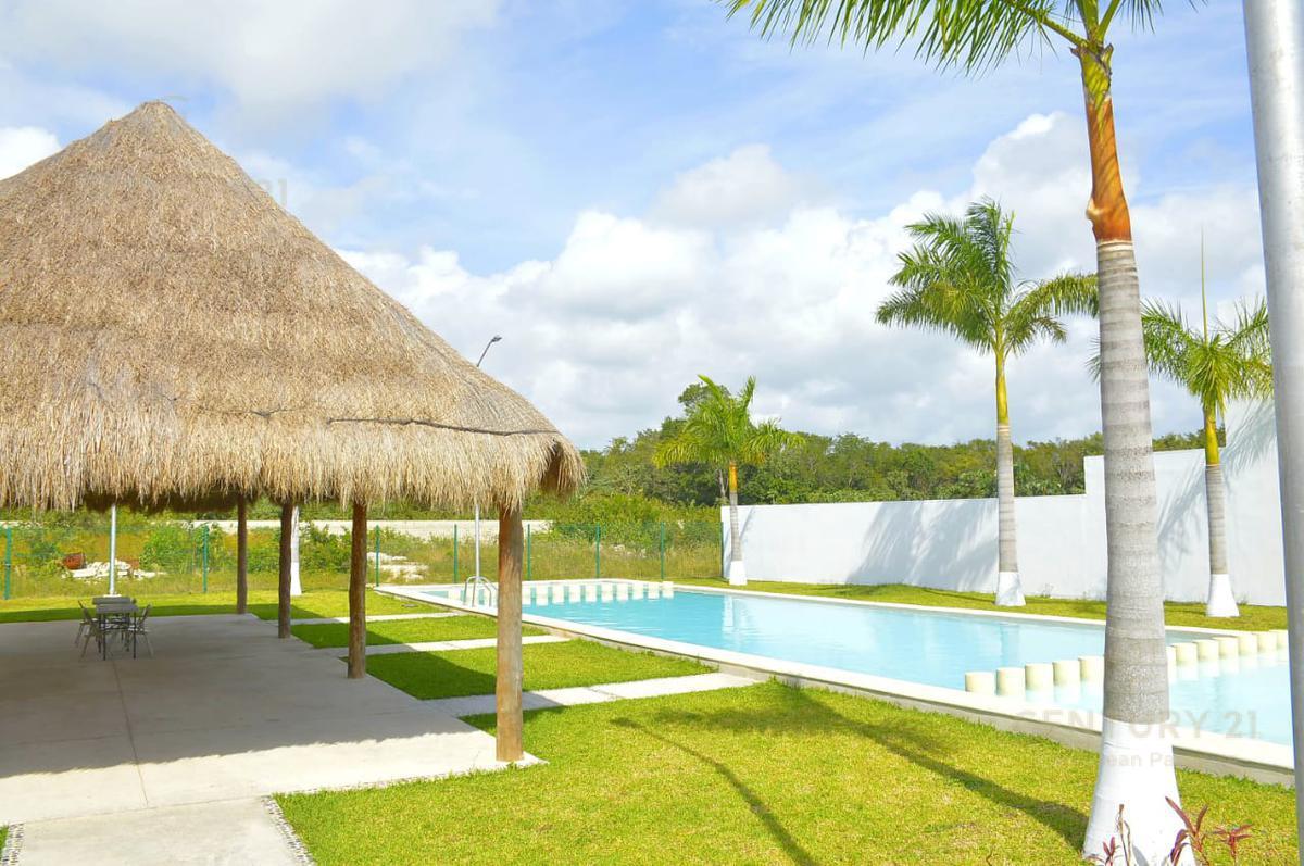 Playa del Carmen House for Rent scene image 2