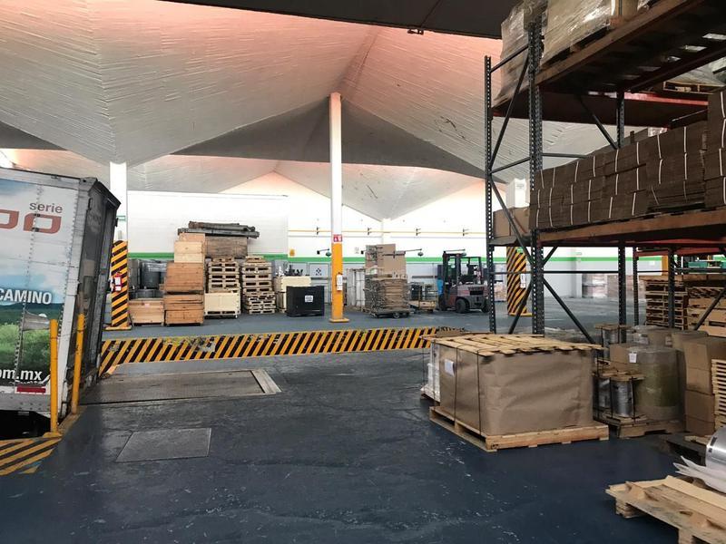 Foto Bodega Industrial en Venta en  Industrial Alce Blanco,  Naucalpan de Juárez  Bodega en venta en Naucalpan