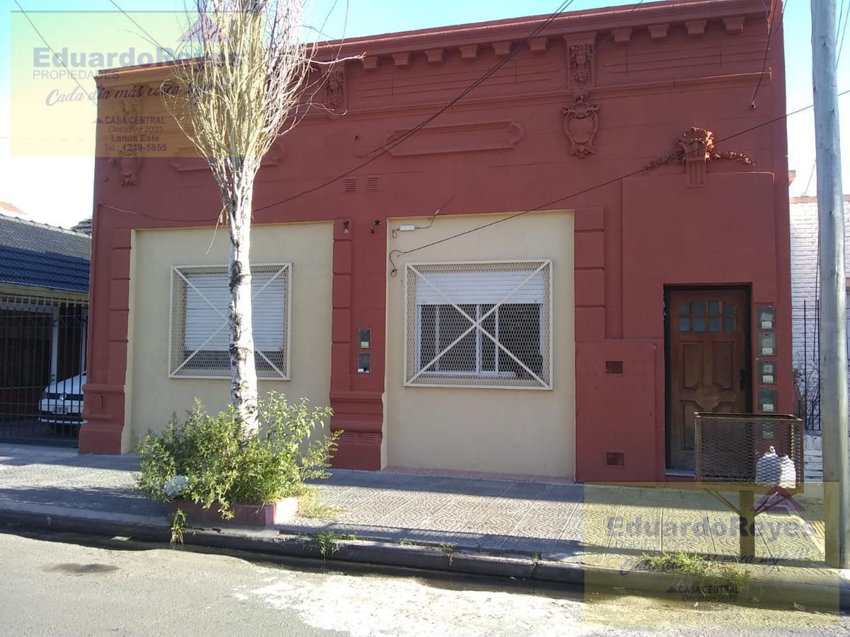 Foto PH en Alquiler en  Lanús Este,  Lanús  MARGARITA WEILD 1819  PH DTO 1