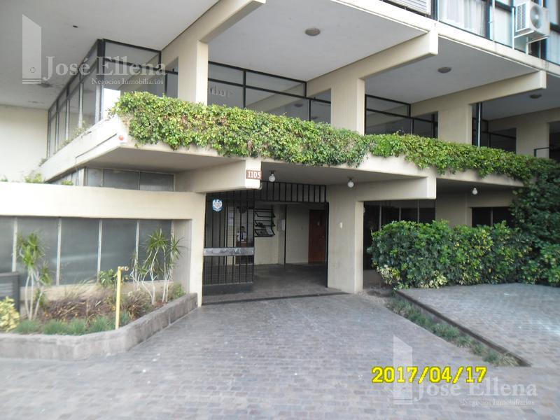 Foto Departamento en Alquiler en  Rosario ,  Santa Fe  Avda. DEL HUERTO al 1100