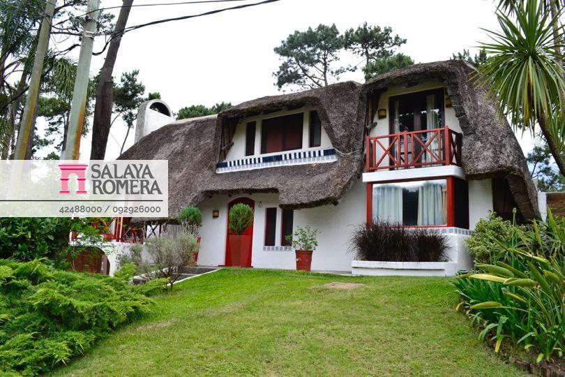 Foto Casa en Alquiler en  Pinares,  Punta del Este  Alquiler Baja Temporada  - Casa, Pinares Parada 35, 4 dormitorios