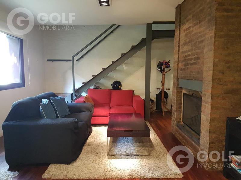 Foto Casa en Alquiler | Venta en  Pocitos ,  Montevideo  Casa de 2 plantas con muebles en propiedad horizontal