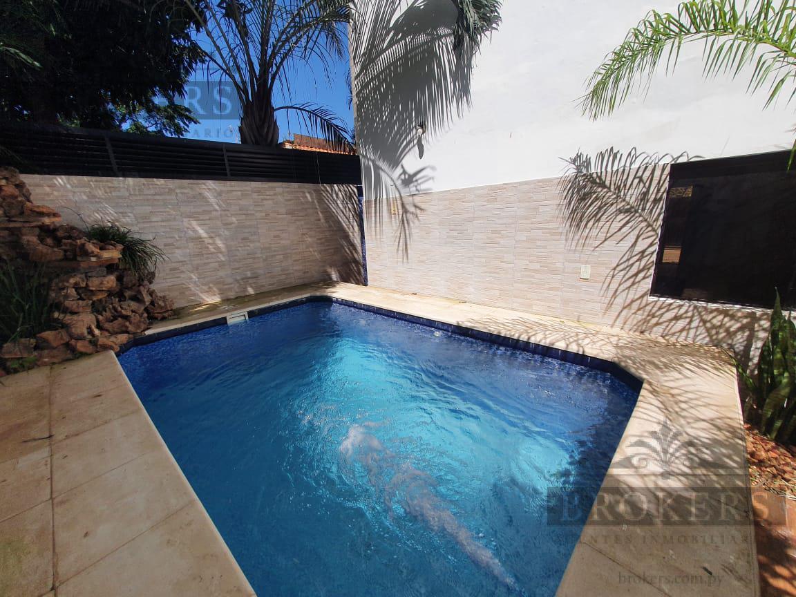Foto Casa en Alquiler en  Luque,  Luque  Alquilo Casa a Estrenar De 3 Dormitorios En Barrio Cerrado Luque