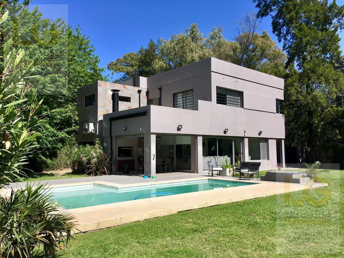 Foto Casa en Venta en  Ranelagh,  Berazategui  Milazzo 981