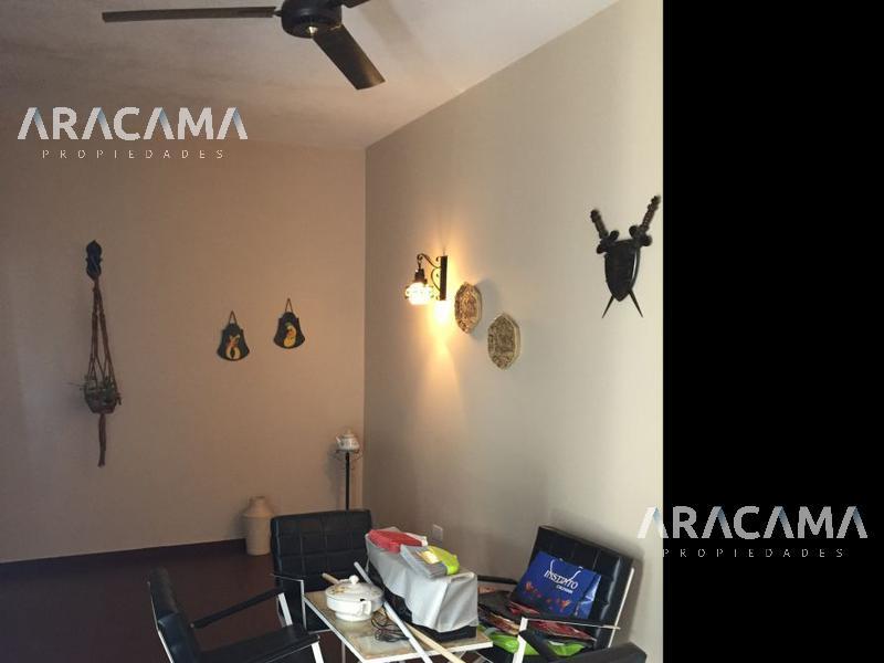 Foto Casa en Venta en  Monte Grande,  Esteban Echeverria  Recarte al 500