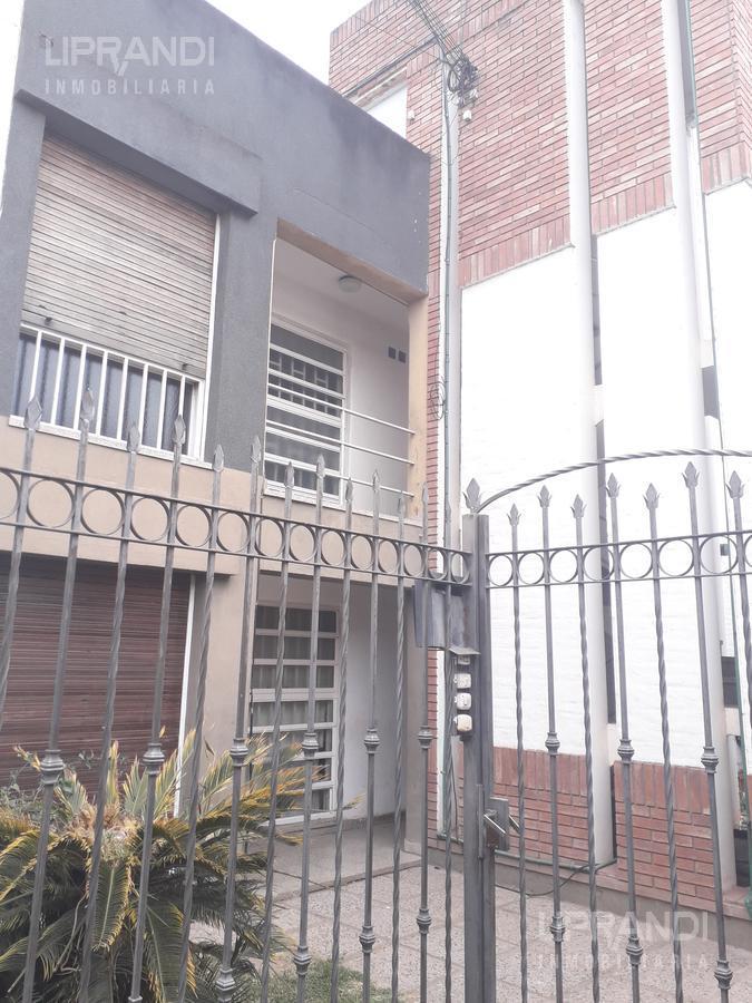 Foto Departamento en Alquiler en  Las Flores,  Cordoba  Tomas Baro al 3000