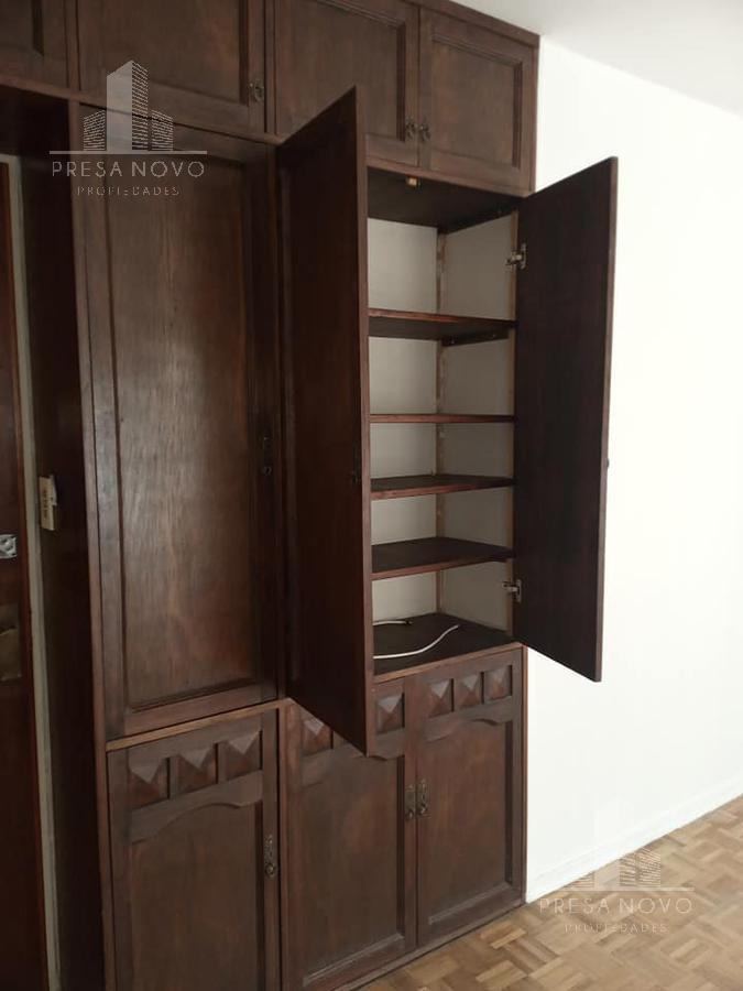 Foto Apartamento en Alquiler en  Centro (Montevideo),  Montevideo  Colonia al 1000