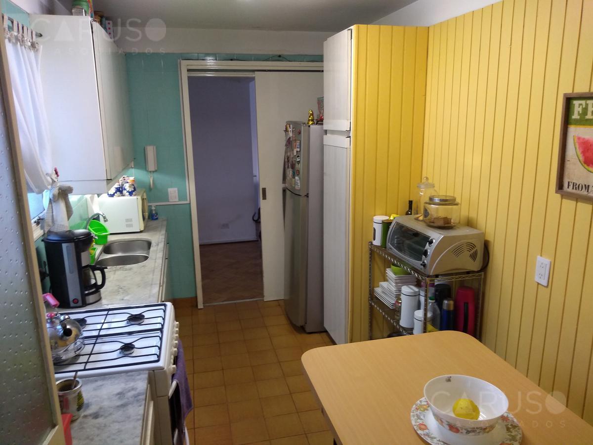 Foto Departamento en Venta en  Caballito ,  Capital Federal  Av. Rivadavia al 5900