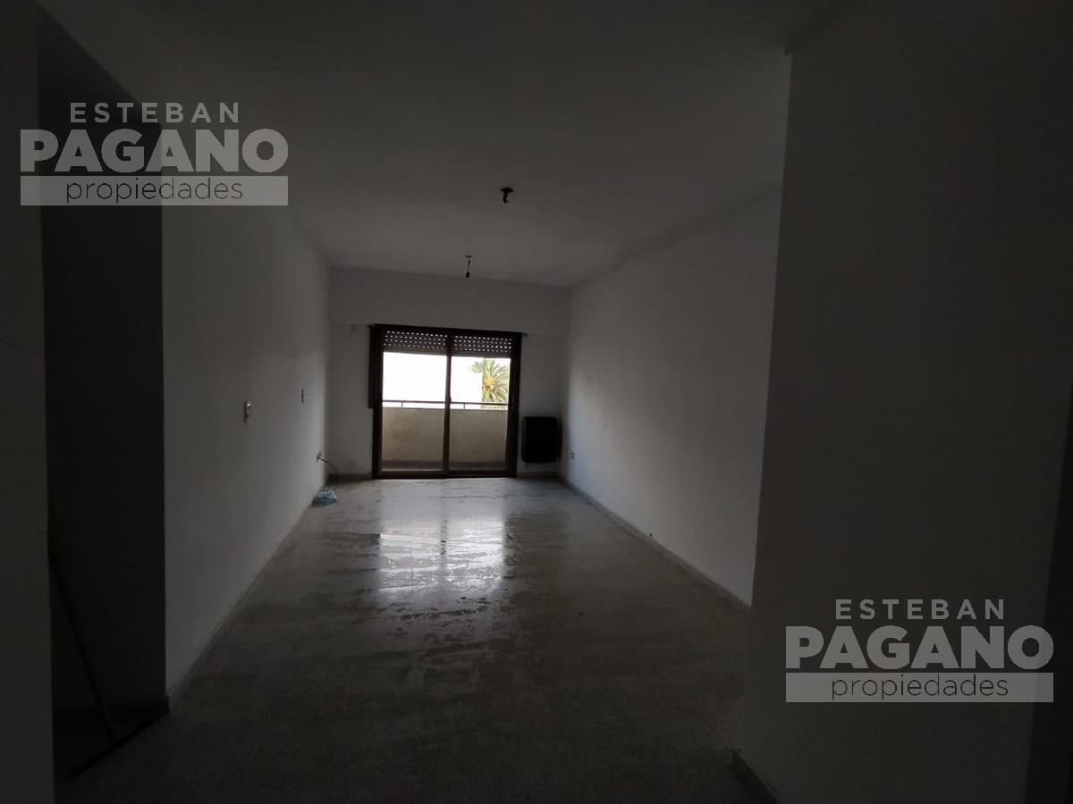 Foto Departamento en Alquiler en  La Plata,  La Plata  66 e 16 y 17