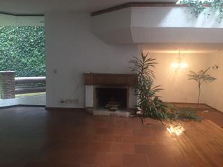 Foto Casa en Renta en  Parques de la Herradura,  Huixquilucan  Impecable casa en Cerrada Parques de la Herradura- Renta