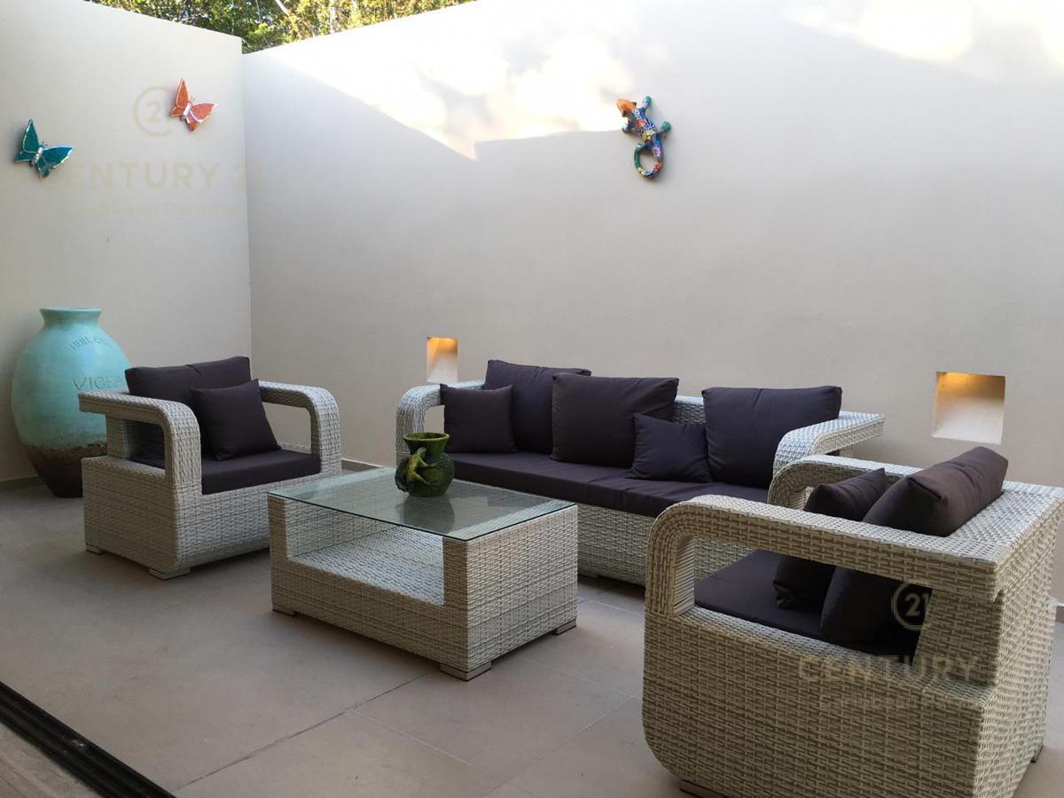 Playa del Carmen House for Sale scene image 7