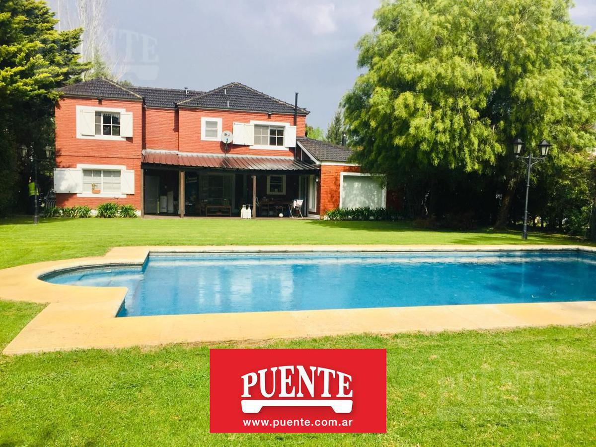 Foto Casa en Alquiler en  Echeverria Del Lago,  Countries/B.Cerrado (E. Echeverría)  Echeverría del Lago lote al 100