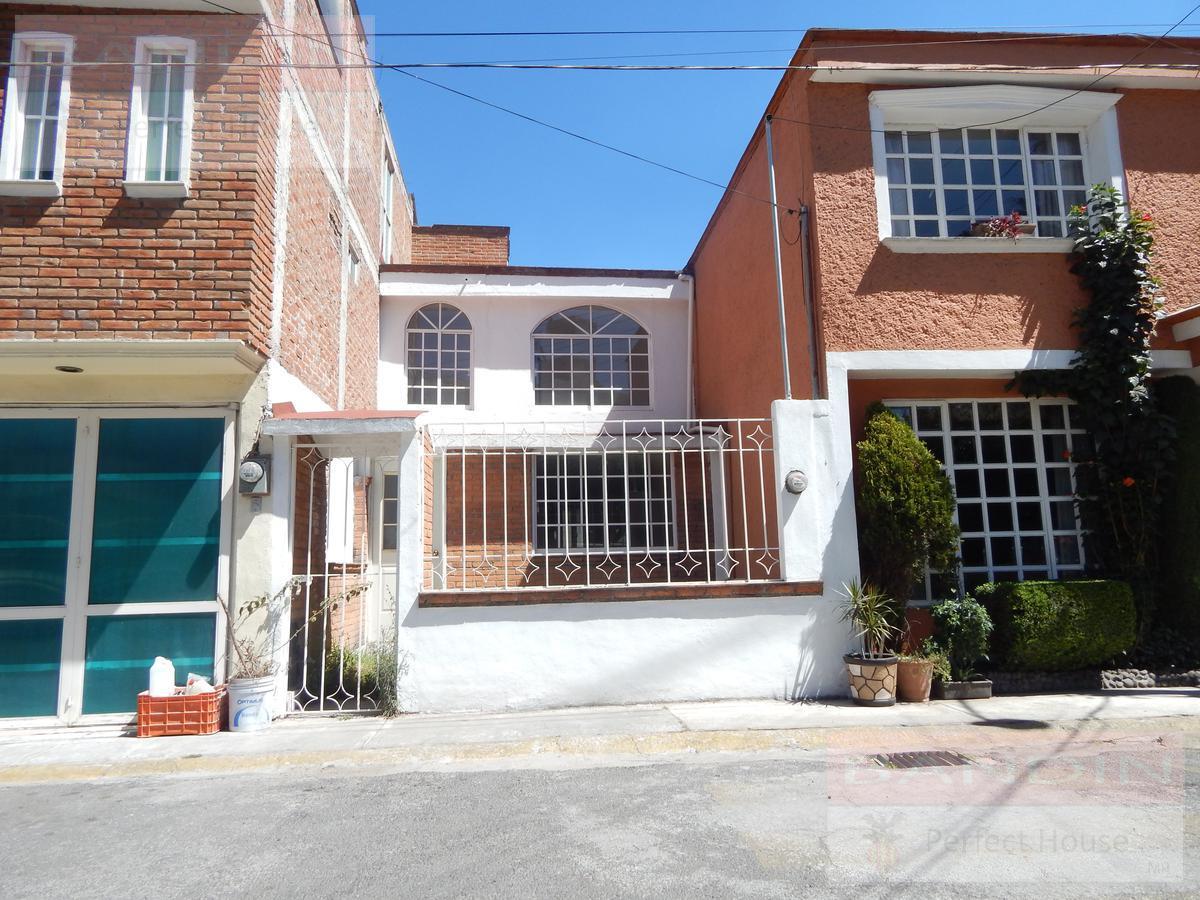 Foto Casa en condominio en Venta en  Carlos Hank González,  Toluca  Casa en renta zona Fracc. Frayles  CABSH2246
