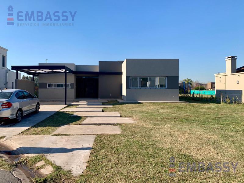 Foto Casa en Venta en  Esteban Echeverria ,  G.B.A. Zona Sur  Los Naranjos