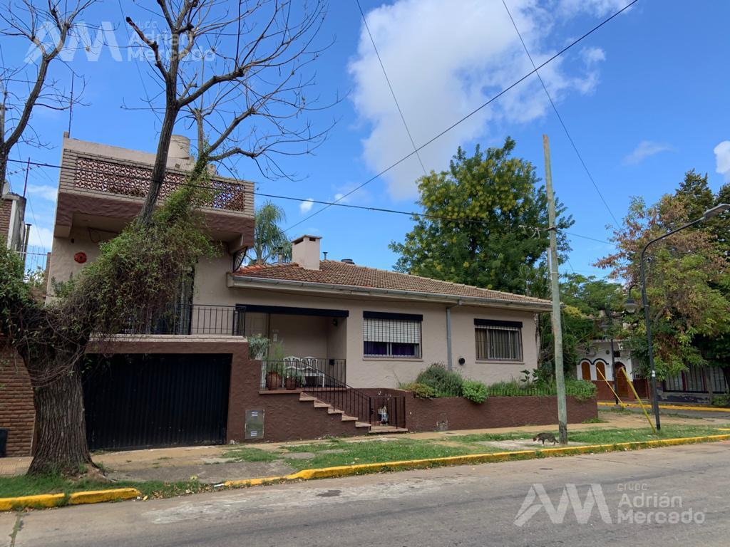 Foto Casa en Venta en  Tigre ,  G.B.A. Zona Norte  Emilio Mitre 100, Tigre