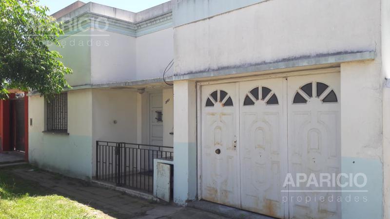 Foto Casa en Venta en  La Plata ,  G.B.A. Zona Sur  49 Entre 138 y 139