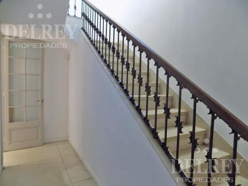 Foto Casa en Alquiler en  Pocitos ,  Montevideo  Próxima a Pimienta y Avenida Brasil