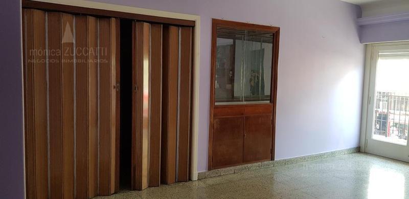 Foto Departamento en Venta en  Banfield Este,  Banfield  Maipu 236 1 A